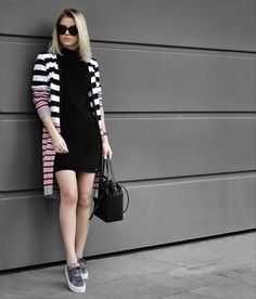 Chic outfit idea to copy ♥ For more inspiration join our group Amazing Things ♥ You might also like these related products: - Dresses ->. Winter Mode Outfits, Winter Fashion Outfits, Stylish Outfits, Fashion Dresses, Casual Chic, College Outfits, Mode Inspiration, Dress Brands, Casual Looks