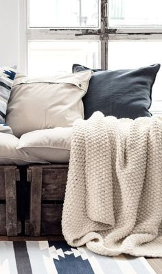 Textiles, soft and comforting, speak of 'home'. Collected ethnic pillows and rugs add pattern and color that is perfect for desert living. Decoration Inspiration, Interior Inspiration, Home Fashion, Style At Home, H & M Home, My New Room, Home Collections, Bedding Collections, Cozy House