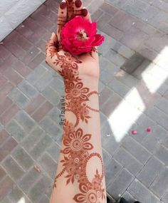 Image about rose in hands and henna mehendi by rose of paradise Henna Hand Designs, Dulhan Mehndi Designs, Mehandi Designs, Mehendi, Modern Henna Designs, Mehndi Designs Finger, Khafif Mehndi Design, Floral Henna Designs, Indian Henna Designs