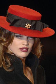 Red-brimmed hat!