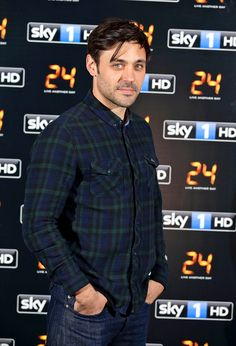 Once Upon a Time is filling out the Round Table.  British actor Liam Garrigan will portray King Arthur, EW has learned exclusively. Garrigan, whose credits include 24: Live Another Day, Strike Back and the Starz miniseries The Pillars of the Earth, will first appear in the season premiere and will recur.