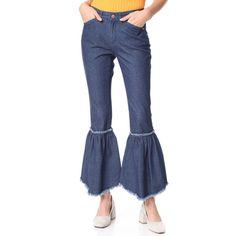 SJYP Bottom Bias Cutoff Jeans (20,630 INR) ❤ liked on Polyvore featuring jeans, blue jeans, cut off jeans, cutoff jeans, zipper jeans and zipper fly jeans
