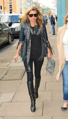 Kate Moss - Kate Moss Out Solo in #London #vassilisa #scarf