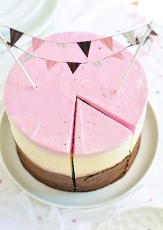 This classy operation: | The 33 Cutest Cakes Of 2013 ***MOMMA loves her some Napolitan ice cream, maybe I can swing a low-sugar, low-fat version somehow.