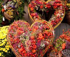 Casket Flowers, Flower Arrangements, Deco, Fall Pumpkins, All Saints Day, Christmas, Floral Arrangements, Decor, Deko
