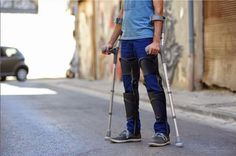 Titled the KAFO Splint, Steiner's fully-customizable and breathable functional leg brace looks more like a fashion accessory than a traditional leg brace - something that many who are in need of a device would surely welcome.