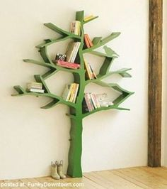 Tree bookshelf would go great in a nature or fairy themed girl's room.