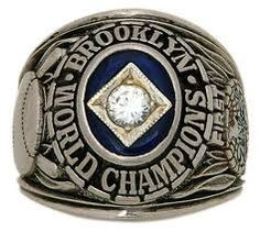 Rings That Bling - Dodgers 1955 World Series Ring World Series Rings, Mlb World Series, Dodgers Win, Dodgers Baseball, Ny Mets, New York Yankees, Stanley Cup Rings, World Series Winners, Nfl