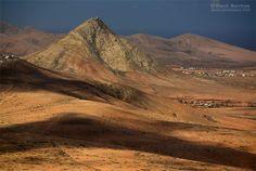 Montaña de Tindaya. Isla de Fuerteventura. Canarias