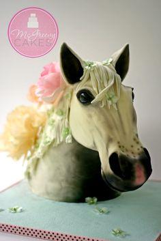 Horse head cake tutorial! www.mcgreevycakes.com