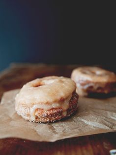 Puff Pastry Doughnuts w/ Cinnamon Sugar & Maple Glaze | The Kitchy Kitchen.