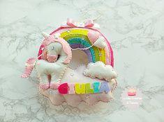 Fiocco nascita in feltro, unicorno sull'arcobaleno, creato a mano in pannolenci, idea regalo per annunciare la nascita di una bambina.