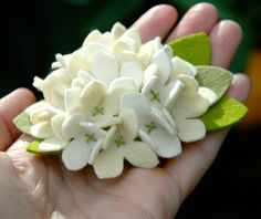 pammy dawn designs: How to Make A Felt Hydrangea Flower Pin or Hair Cl...