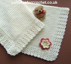Free baby crochet pattern for stroller/buggy blanket http://www.patternsforcrochet.co.uk/stroller-blanket-usa.html #patternsforcrochet