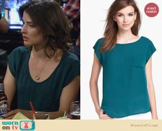 Robin's teal scoop neck top on How I Met Your Mother. Outfit Details: http://wornontv.net/25327 #HowIMetYourMother #fashion #HIMYM