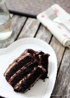 I may have to have this for my birthday cake. Bisous À Toi: Salted Caramel Chocolate Cake