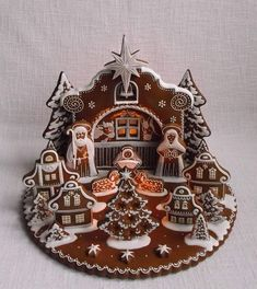 We have all seen how elaborate and creative gingerbread houses can get, but have you ever seen a gingerbread nativity scene? Check out the creative and elaborate twist on a classic holiday treat. Christmas Cookies Kids, Christmas Gingerbread House, Cookies For Kids, Fancy Cookies, Christmas Nativity, A Christmas Story, Gingerbread Cookies, Christmas Crafts, Gingerbread Houses