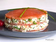 Mille-feuille of the sea. Mini Hamburgers, Flan, Hors D'oeuvres, Fish Recipes, Salmon Recipes, Nutribullet, Salmon Burgers, Afternoon Tea, Smoothie Recipes