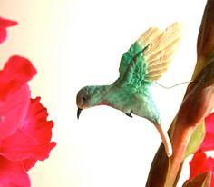 Edible Sugar Hummingbird -Featured now in Spoonful. $42.00, via Etsy.
