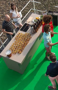 A summery festival on the Roof of our store in Rotterdam #RooftopFestival #deBijenkorf #SummerVibes #TopView