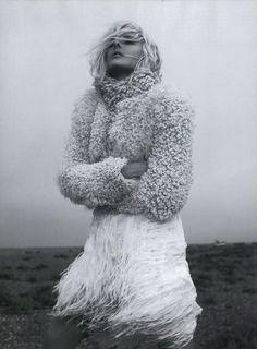 Winter Bride / Miguel Reveriego for Harper's Bazaar UK (Instagram: the_lane)