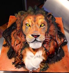 Roar! :)) Absolutely beautiful and amazing #Cake! #Lion #Birthday Cake - We love and had to share! Great #CakeDecorating