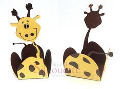 free studio cut file giraffe treat cup holder box wrap...Diário de uma Silhouette: Forminha - Turma da galinha pintadinha #5 - Girafinha