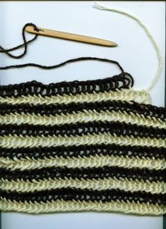 Nalbinding Tutorial..try this for something new. No knitting needles or hooks used here. Dates back to the Vikings!