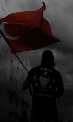 Bayrak anlam taşımaz Uğrunda ölmeyince koçum Istanbul, Turkish Soldiers, Ottoman Turks, Drama Free, Army Life, Ottoman Empire, Special Forces, Naruto Uzumaki, Im In Love