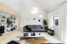 Image 5 of 27 from gallery of Urban Cottage / CoLab Architecture. Photograph by Stephen Goodenough
