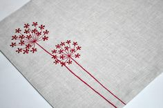 Red Queen Ann Placemat , Linen Placemats Set of Embroidered Placemats, Red Flower on Linen Placemats, Table Linen, Modern Placemats Modern Placemats, Linen Placemats, Linen Napkins, Cloth Napkins, Hand Embroidery Designs, Diy Embroidery, Cross Stitch Embroidery, Embroidery Patterns, Machine Embroidery