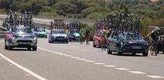 LOS BARRIOS. - San Roque y Los Barrios son los términos municipales por los que ha discurrido la cuarta etapa de La Vuelta Ciclista a España 2015, una prueba que de nuevo visita el Campo de Gibraltar tras la exitosa salida de la segunda etapa el pasado año desde Algeciras, que fue seguida por miles…