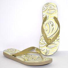 8634f9e2af840e Tommy Bahama Womens Thong Sandals Whykiki Flip Flops Flats Wave Pineapples  7  TommyBahama  FlipFlops