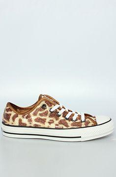 Chuck Taylor Lo Sneaker in Giraffe Sequins