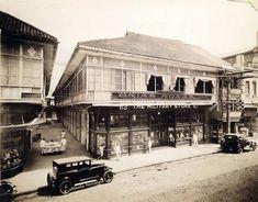 63 - 67 Escolta (Manila Nostalgia) Philippines Culture, Manila Philippines, Old Pictures, Old Photos, Filipino House, Philippine Architecture, Nostalgia, Intramuros, Pinoy