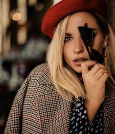 Dark Photography, Portrait Photography, Fashion Photography, Aesthetic Look, Aesthetic Photo, Instagram Look, Girly Girl Outfits, Blonde Beauty, Parisian Style