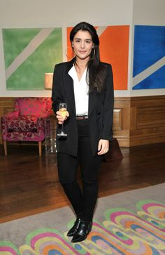 Love the rock and roll flavor of the way she styled her suit Jessie Ware, Her Style, Fascinator, Rock And Roll, Classic Style, Most Beautiful, Singer, Fancy, Blazer