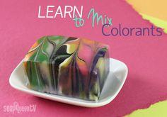 Aprender a mezclar colorantes para el proceso de fabricación de jabón en frío
