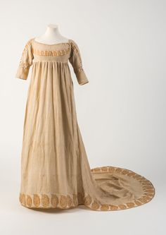 Dress, 1800From the Fashion Museum, Bath on Twitter
