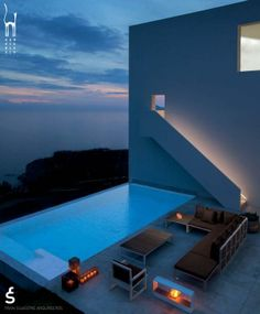 infinity pool with Gandia Blasco outdoor furniture via #FSArquitectos