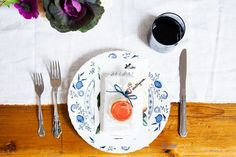 See a Gorgeous Fall Gathering Inspired by Old New York via @domainehome
