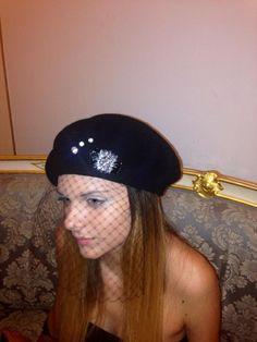 con SiS dandify a 7 091326632 Face Lace, Palermo, Captain Hat, Hats, Fashion, Moda, Hat, Fashion Styles, Fashion Illustrations