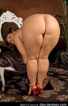 ♠Thick Sexy Rhino Legs♠