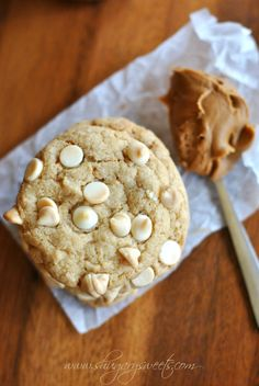 Biscoff White Chocolate Cookies: soft and chewy cookies with homemade Biscoff morsels #cookierecipe #biscoff @Shugary Sweets