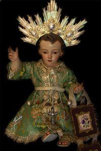 Jesús Niño de del Carmen, imagen de vestir con rayera de oro.