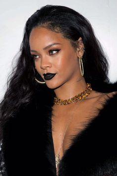 Rihanna launches more trends than you think Rihanna Love, Rihanna Photos, Rihanna Riri, Rihanna Style, Rihanna Makeup, Rihanna Outfits, Homecoming Makeup, Black Lipstick, Bad Gal
