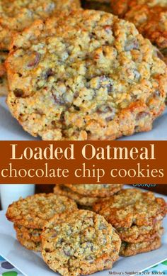 When oatmeal, chocolate chips and cookies collide the outcome could only be sheer bliss. These jumbo Loaded Oatmeal Chocolate Chip Cookies . Oatmeal Chocolate Chip Cookie Recipe, Chocolate Cookies, Loaded Oatmeal Cookies Recipe, Baking Chocolate, Rolled Oats Recipe, Healthy Oatmeal Cookies, Chocolate Toffee, Chocolate Chip Banana Bread, Oatmeal Raisin Cookies