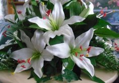 White Lily Centrepiece