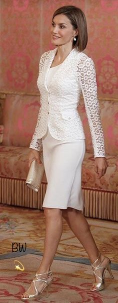 Queen Letizia elegant in white
