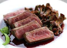 PAVES D' AUTRUCHE AUX CHAMPIGNONS. Flan, Steak, Pork, Favorite Recipes, Nouvel An, Table, Cooking Recipes, English Cuisine, Pudding